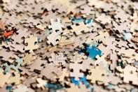 Jigsaw_puzzle_pieces