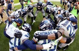 Seahawks_hudle