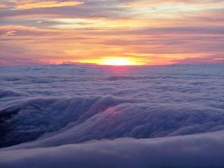 Sea-side_sunrise