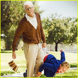 Bad-grandpa-beats-gravity-weekend-box-office
