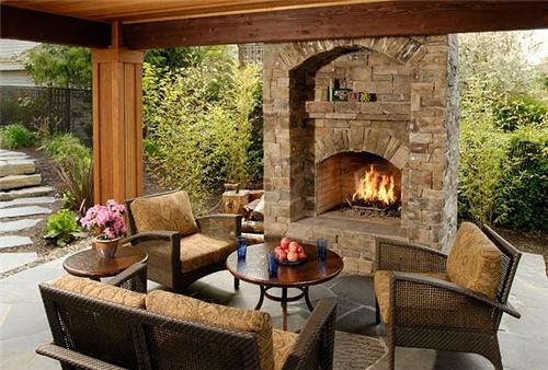 Backyard-fireplace-big-sky-landscaping-inc_2058