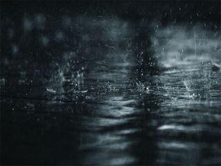 Dark_rainy_puddle