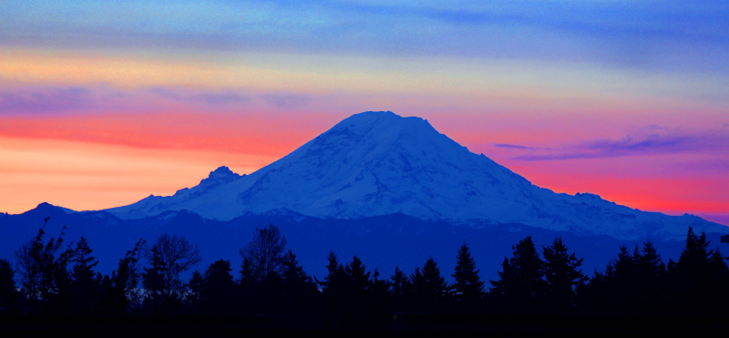 Mt-rainiersunriselo-11
