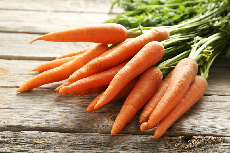 Nutrition-iq-sweet-potatoes-vs-carrots---just-carrots